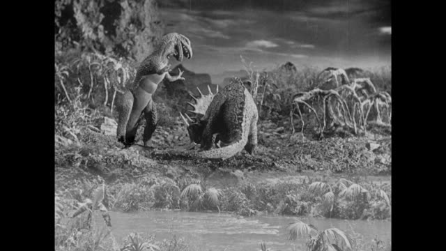 1925 stop motion stegosaurus fights t-rex to the death - 1925 stock videos & royalty-free footage