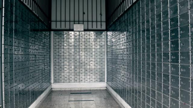vídeos y material grabado en eventos de stock de armarios de almacenamiento con caja fuerte - buzón postal