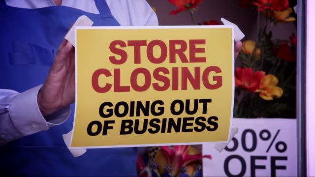 store closing window sign - unemployment stock videos & royalty-free footage