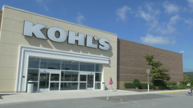 store kohl's in small town christiansburg va usa - kohls stock videos & royalty-free footage