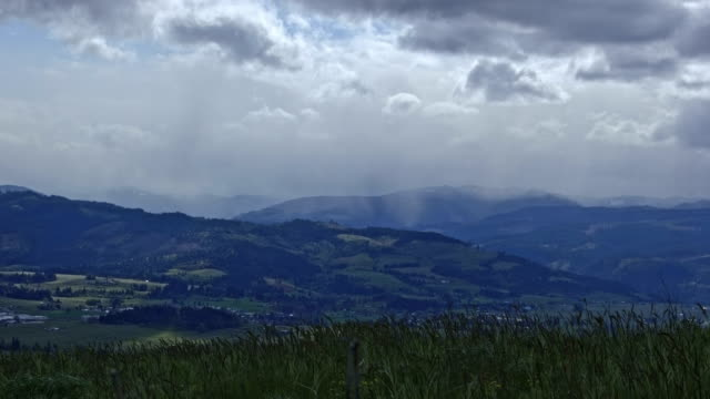 Storm and rain in the Hood River Valley from Surveyor's Ridge