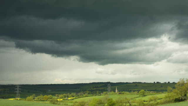 storm clouds gathering. - horizon stock-videos und b-roll-filmmaterial