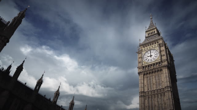la t/l ms storm clouds passing over big ben/ london, england - big ben stock videos & royalty-free footage