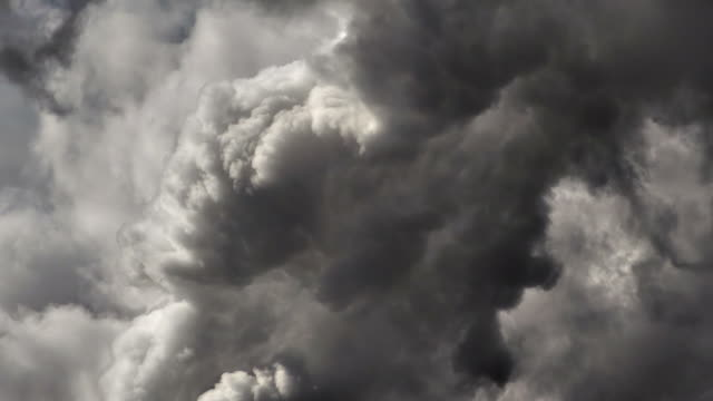 wolken - storm cloud stock-videos und b-roll-filmmaterial