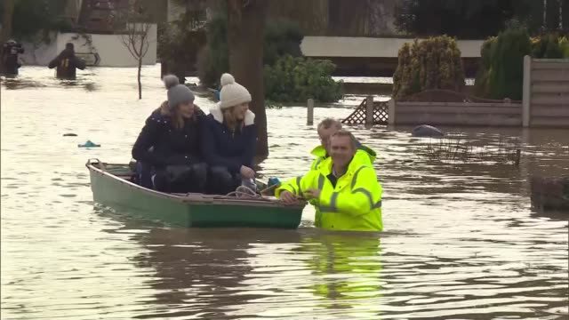 flood warnings in place across uk as flooding causes widespread devastation; england: hereford: ext air views / drone footage residential area... - natural disaster stock videos & royalty-free footage