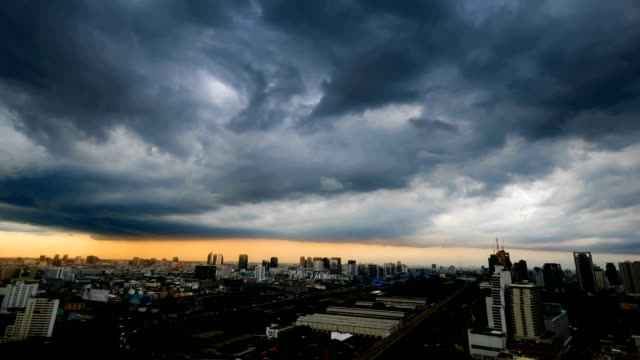 storm is coming in the city timelapse in bangkok thailand - dramatic sky stock videos & royalty-free footage