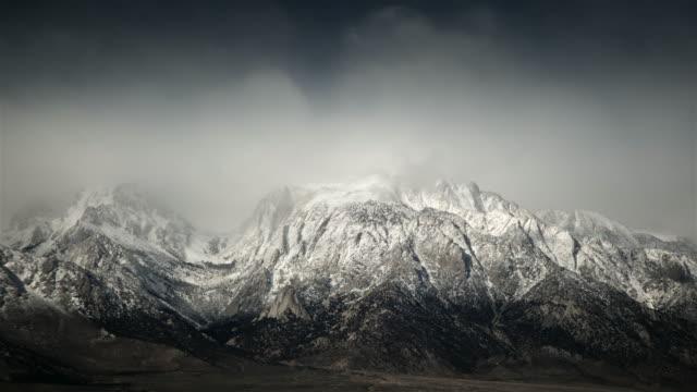 vídeos y material grabado en eventos de stock de storm over sierra nevada mountains - sierra nevada de california