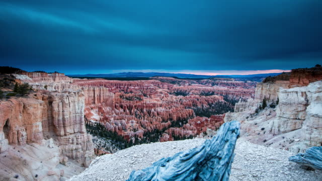 t/l 8k stormy cloudscape over the bryce canyon - bryce canyon stock videos and b-roll footage