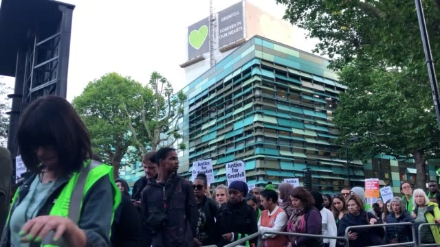 stockvideo's en b-roll-footage met stormzy joined thousands of people at a silent walk to remember grenfell victims after a defiant call for accountability was applauded at a memorial... - stille
