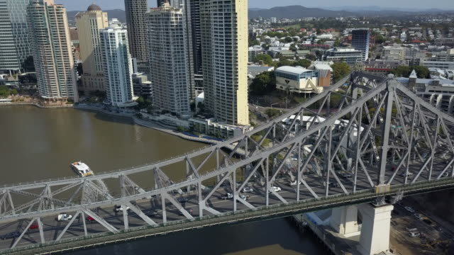 story bridge, brisbane, queensland, australia - cantilever bridge stock videos & royalty-free footage