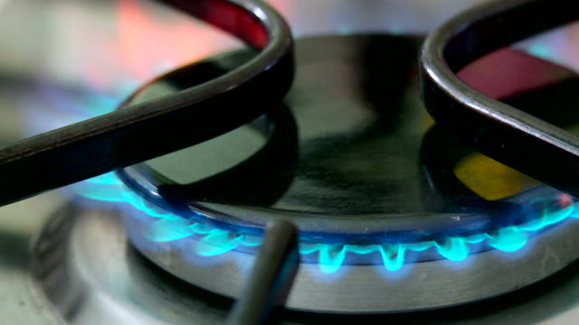 stove top ring lighting with gas