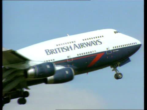stowaway pardeep saini to be deported england london heathrow airport ext british airways boeing 747 up thru sky - deported stock videos & royalty-free footage