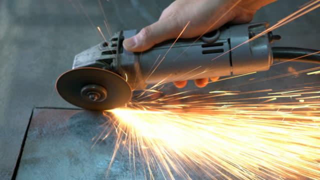 Rechte Cutting Metal met schurende schijven