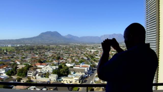 strand, südafrika - einzelner mann über 30 stock-videos und b-roll-filmmaterial