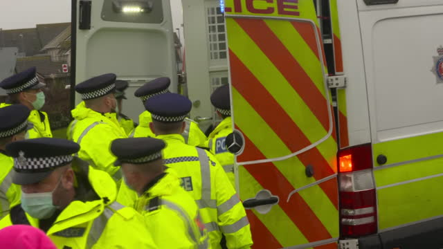 stranded hauliers clashing with police near dover due to coronavirus travel restrictions barring access to france - frustration stock videos & royalty-free footage