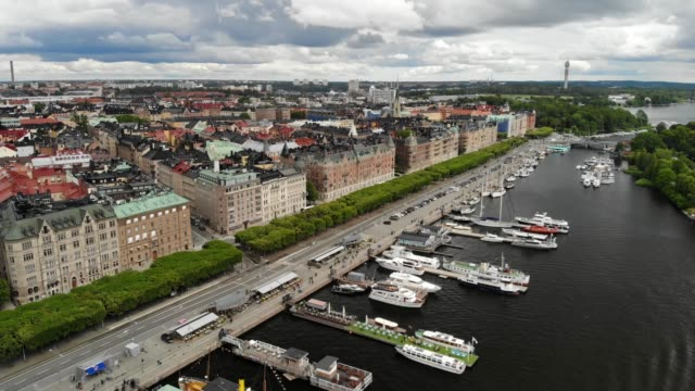 strandvägen boulevard in stockholm - boulevard stock videos & royalty-free footage