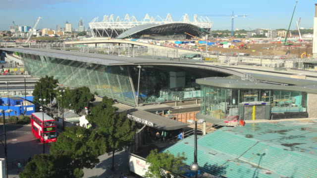 ws tu ha stratford station and olympic stadium under construction / london, united kingdom - ロンドン オリンピックパーク点の映像素材/bロール