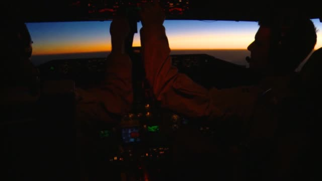 stockvideo's en b-roll-footage met stratotanker crew members from the 340th expeditionary air refueling squadron refuel a b1b lancer over southern afghanistan in support of operation... - operation enduring freedom