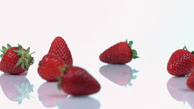 strawberries - medium group of objects stock videos & royalty-free footage