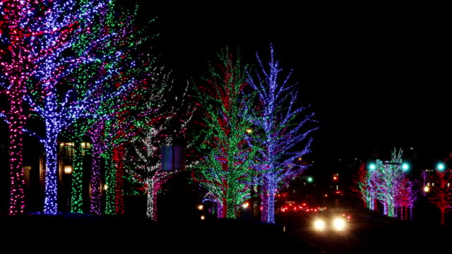 street at christmas time - changing lightbulb stock videos & royalty-free footage