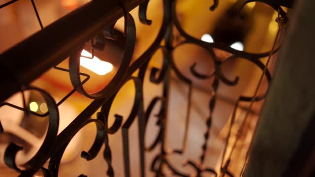 vídeos de stock e filmes b-roll de street at night from balcony in lisbon - objeto decorativo