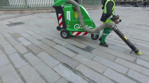 vídeos y material grabado en eventos de stock de street cleaning.cleaning services - clean