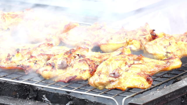 street food grilled chicken 4k - grilled chicken stock videos and b-roll footage