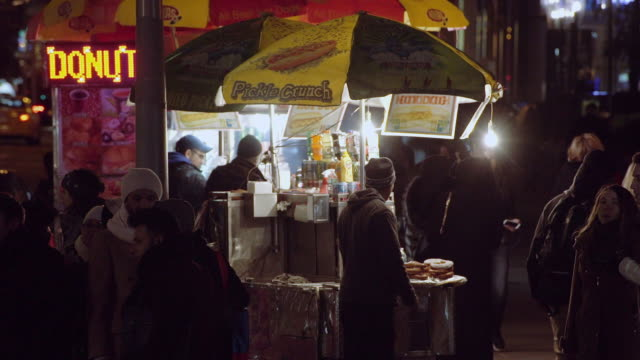 Street Food Vendors in Manhattan