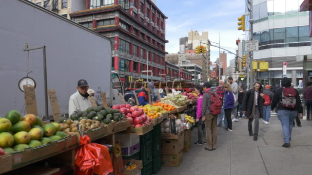 street fruit vendor in chinatown, new york city. - cross section stock videos & royalty-free footage