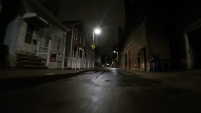 "stockvideo's en b-roll-footage met straat in boston's south boston ""southie"" buurt - boulevard"