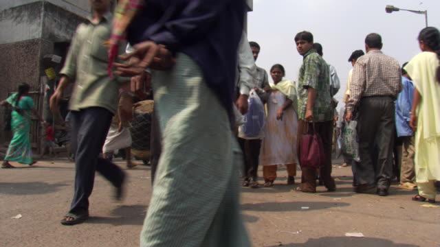 street in calcutta - kolkata stock videos & royalty-free footage