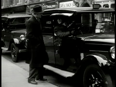 street intersection english pedestrians crossing light dramatization ws detective talking to cab driver ws detective cab driving walking entering... - 1949 stock videos & royalty-free footage