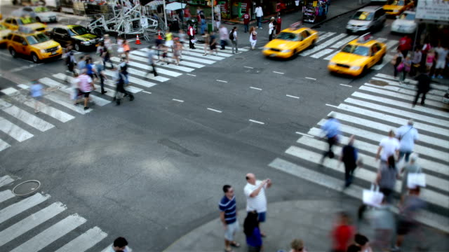 street intersection, new york city - traffic time lapse stock videos & royalty-free footage