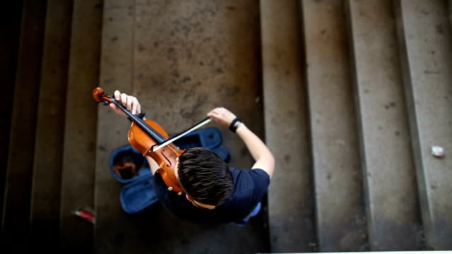 street musician playing violin - classical stock videos & royalty-free footage