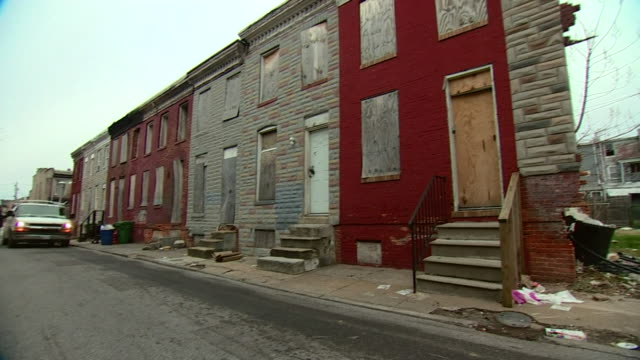 a street of abandoned homes in baltimore - abandoned stock videos & royalty-free footage