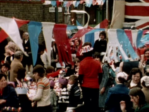 street party during queen elizabeth ii silver jubilee celebrations 1977 - street party stock videos and b-roll footage