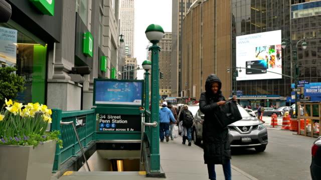 34 street penn station entrance - new york city penn station stock videos & royalty-free footage