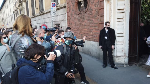 street photographers are photographing candela pelizza after the philosophy fashion show during the milan women's fashion week on september 26, 2020... - philosophy stock videos & royalty-free footage