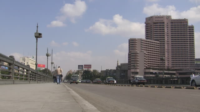 ws, zi, ms, street scene, cairo egypt - surface level stock videos & royalty-free footage