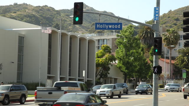 stockvideo's en b-roll-footage met ws street scene / hollywood, los angeles, california, usa - hollywood california