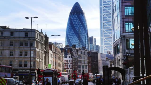 street scene in london bishopsgate (uhd) - sir norman foster building stock videos & royalty-free footage