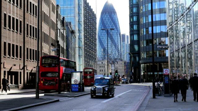 street scene in london bishopsgate (4k/uhd to hd) - swiss re stock videos & royalty-free footage