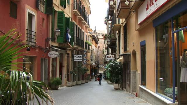 ms, street scene in old town, spain, balearic islands, mallorca, palma - palma stock videos & royalty-free footage