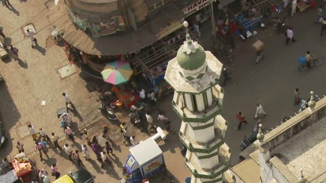 ws ha street scene / mumbai, india - mumbai stock videos & royalty-free footage