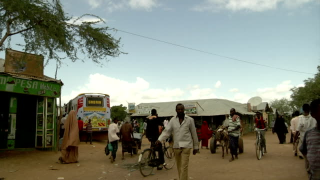 street scene on august 01, 2011 in dadaab village, kenya - horn of africa stock videos & royalty-free footage