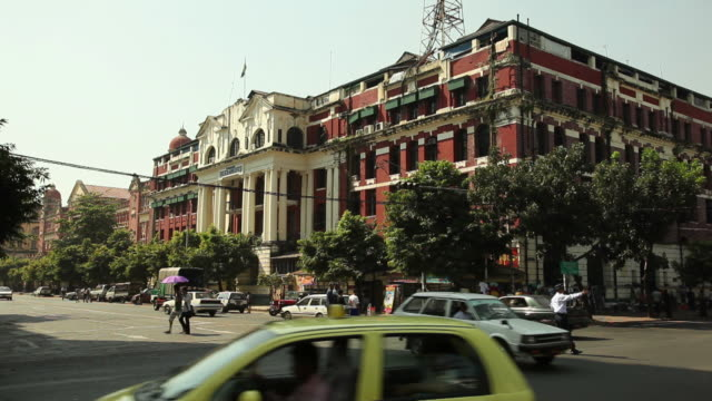 ws street scene / rangoon, yangon, myanmar - 50 seconds or greater stock videos & royalty-free footage