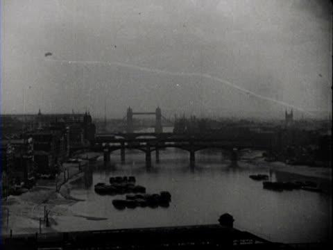 street scenes and winston churchill / london, united kingdom - anno 1950 video stock e b–roll