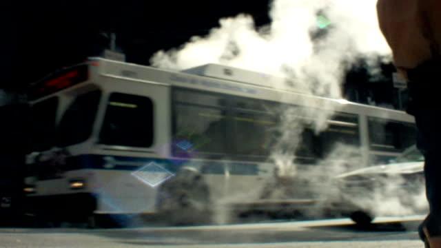 Rue fumée dans la ville de New York, États-Unis