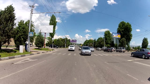 street tajik capital dushanbe. - 乗物後部から見た視点点の映像素材/bロール