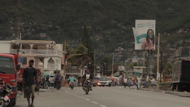 stockvideo's en b-roll-footage met street traffic - haïti